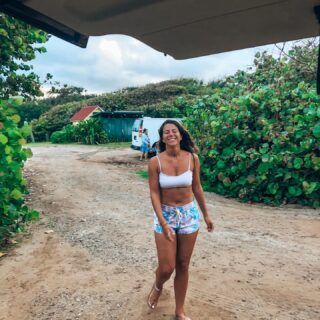 OAHU favorite spots 🌺  Save for later 🔒  🐠 Hanauma Bay The most beautiful beach I've ever been to in my life for many reasons. Be there early to access tickets ($12pp)  🥾Lanikai Pillbox hike Hawaii is all about hiking and beautiful beaches. It's a must you go hiking when you're there   🌺 North Shore  Coming to Oahu means visiting the North Shore. The vibe is so different, more relaxed & laid back, surfy, cool food trucks, nice boutiques, great snorkling. I recommend staying at the North shore for a few days or weeks even. So much to do and see!   🛤 Koko Head Our first hike in Oahu and we loved it so much! It was challenging walking all the way up on a railway but the views were insane!   🐬 Kailua & Lanikai beach  Beautiful unique tones of blue. It's so different from the rest. Being at one of these beaches gives you a top vacation feeling.   🌴Ho'omaluhia Botanical Garden From the moment you enter the place it feels like another world. It's the most beautiful botanical garden I've ever visited. Nice to know: it's free!   🦕 Kualoa Ranch  Incredible ranch where you can do different activities. Many movies were filmed here like Jurassic Park, Jumanji, Lost, 50 first dates... it's an adventure and so much fun! We rented an Raptor ATV.   So many more to add on this list.  Would you like to know more? 😃  #oahulife #alohavibes #oahuhawaii #hawaiiunchained #explorehawaii #honolululife #hawaiili #surfingvibes #surfhawaii #happynessishere  #travelgirlscollective #girlswithgypsysouls  #inspirehertravels #girlsvsglobe #pinktrotters #travelgirlshub #foundmyhappyplace #northshoreoahu #hanaumabay #kailuabeach #hawaiispots #favoritespots